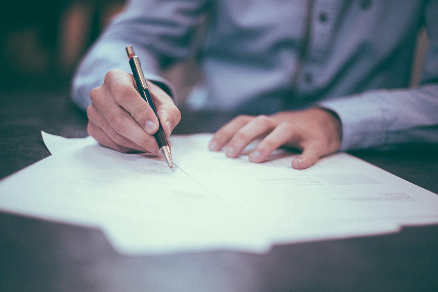 ¿Se considera fuerza mayor el COVID-19 en derecho contractual?